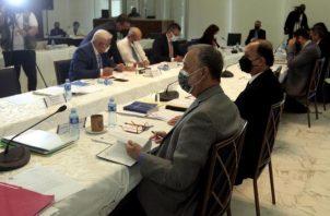Fueron cuatro reuniones que se desarrollaron en la sede del Tribunal Electoral. Foto: Víctor Arosemena