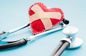 Diversos estudios advierten los daños que puede provocar la covid-19 en el corazón. Foto: Ilustrativa / Freepik