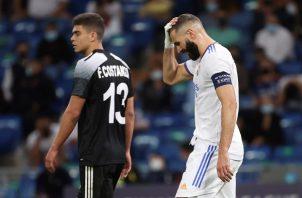 Karin Benzema, lamenta la derrota del Real Madrid. Foto:EFE