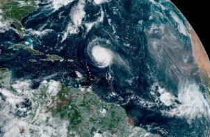 Depresión tropical puede evolucionar a tormenta Víctor. Foto: EFE