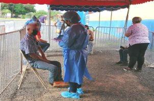En la región de Azuero, el 85% de la población cuenta con su esquema completo de vacunación, destacaron las autoridades de salud. Foto: Thays Domínguez
