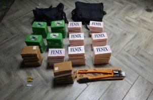 El ciudadano detenido y la mercancía incautada fueron puestos a órdenes de las autoridades competentes. Foto: Proteger y Servir