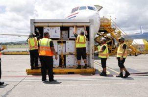 El nuevo embarque de vacunas llegó este martes 5 de octubre. Foto: Cortesía