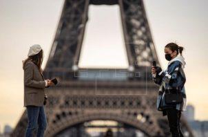 Francia acumula un total de 7,033,755 infectados por coronavirus. Foto: EFE