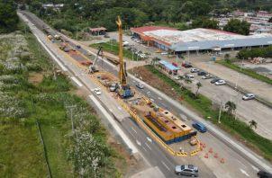 Los pilotes de la Línea Tres tendrán un mayor diámetro que los construidos para las líneas anteriores, por las condiciones del diseño. Foto: Eric Montenegro