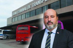 El administrador encargado de la ATTT, Carlos Ordoñez, recibe cuestionamientos. Foto: Archivo