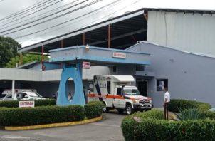 El cabo primero del Senafront de 27 años que resultó herido permanece recluido en la sala de cuidados intensivos en un hospital privado en la ciudad de David. Foto: José Vásquez