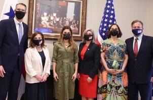 La Canciller Erika Mouynes recibió a miembros de la delegación del Congreso de Estados Unidos. Foto: Cortesía Cancillería