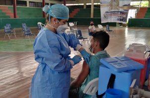 Hasta hoy se han aplicado 5,618,501 vacunas contra la covid-19. Foto: Cortesía @CSSPanama
