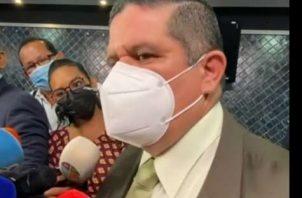 Juan Manuel Pino, ministro de Seguridad Pública, asegura que darán con responsables del robo en Tocumen. Foto: Archivo