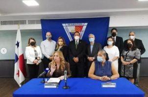 La Apede se pronunció en una conferencia de prensa. Foto: Apede