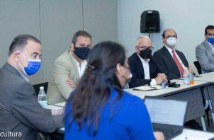 Directivos de la APR y la SPAC establecen diálogo. Foto: Mi Cultura