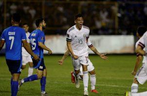 México ganó de visita 2-0 ante El Salvador. Foto: EFE