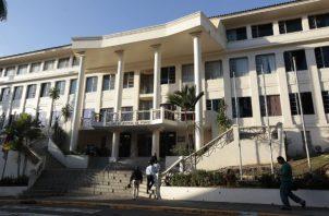 El presidente de la República, Laurentino Cortizo, designó dos magistrados principales y tres suplentes en la Corte Suprema de Justicia. Foto: Archivos