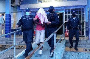 Los cargos en contra de Elías Ruíz (Alias Memín) surgen tras asesinar a machetazos, el 13 de octubre a Katerine Tatiana Corella, de 34 años. Foto: Eric Montenegro