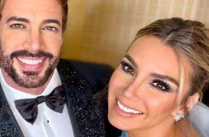 William Levy y su esposa, Elizabeth Gutiérrez. Instagram