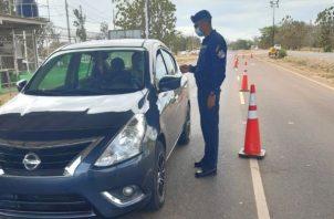 Las autoridades pidieron a los conductores respetar las normas de tránsito, principalmente evitar conducir en estado de ebriedad. Foto: Thays Domínguez