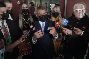 Abogados de Ricardo Martinelli advierten delito en filtración de supuesto proyecto de fallo en el caso pinchazo. Foto: Víctor Arosemena