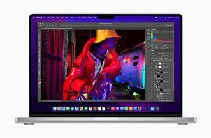 Una foto del folleto facilitada por Apple Inc. que muestra la MacBook Pro de Apple. EFE