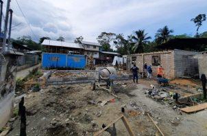 Las casas en Bocas del Toro son construidas por las cuadrillas de trabajo del departamento de Mejoramiento Habitacional. Foto: Cortesía Miviot