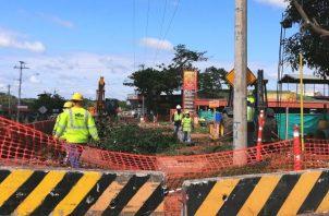 El puente intercambiador que conectará Chitré con la provincia de Los Santos solo registra un 28% de avance. Foto: Thays Domínguez