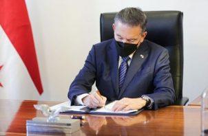 El presidente Laurentino Cortizo sancionó la Ley 247 que reforma el Córdigo Electoral. Foto: Cortesía