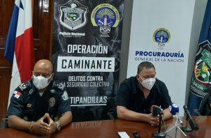 """El agente policial detenido está ligado a la pandilla """"Los Pandas"""". Diomedes Sánchez"""