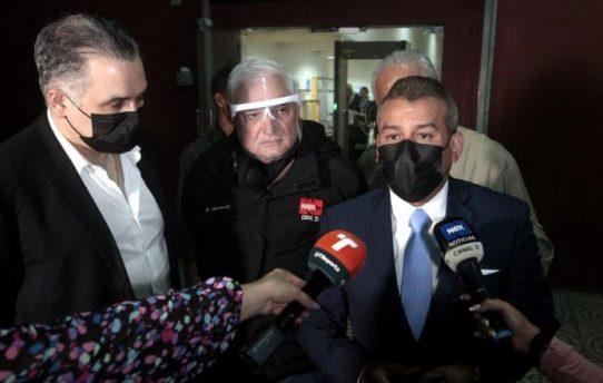 La defensa de Ricardo Martinelli insiste en que se ha demostrado la manipulación de las pruebas por parte de los fiscales. Foto: Víctor Arosemena