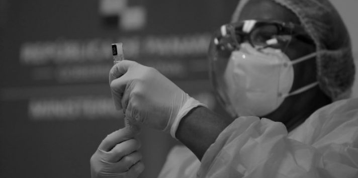 La estrategia de vacunación de Panamá ha sido eficiente y efectiva. Foto: EFE.