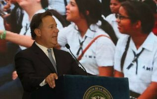 El presidente Varela prometió que Panamá  Bilingüe sería un modelo  en la región.  Cortesía