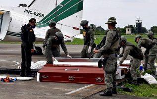 Cadáveres fueron llevados a Cali para practicarles los exámenes. EFE