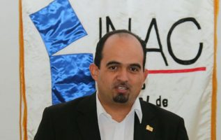 """A Guerrero le suspendieron el servicio de """"data roaming"""" por sobrepasar el límite. Archivo Epasa"""