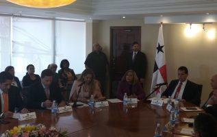 Instalación de la Comisión de Credenciales. Luis Avila