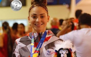Carolena Carstens empezó  dominando el combate por la medalla de oro, pero al final no pudo con la cubana. Cortesía