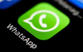 Whatsapp introdujo cambios en la manera de compartir mensajes en India. Foto/EFE