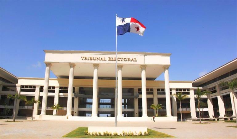 Tribunal Electoral responde a Juan Carlos Varela sobre quinta papeleta.