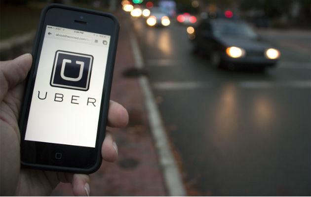 El próximo 30 de septiembre termina la prórroga que permite el pago en efectivo de los servicios de transporte de lujo ofrecidos a través de plataformas tecnológicas, como define a Uber y sus similares.