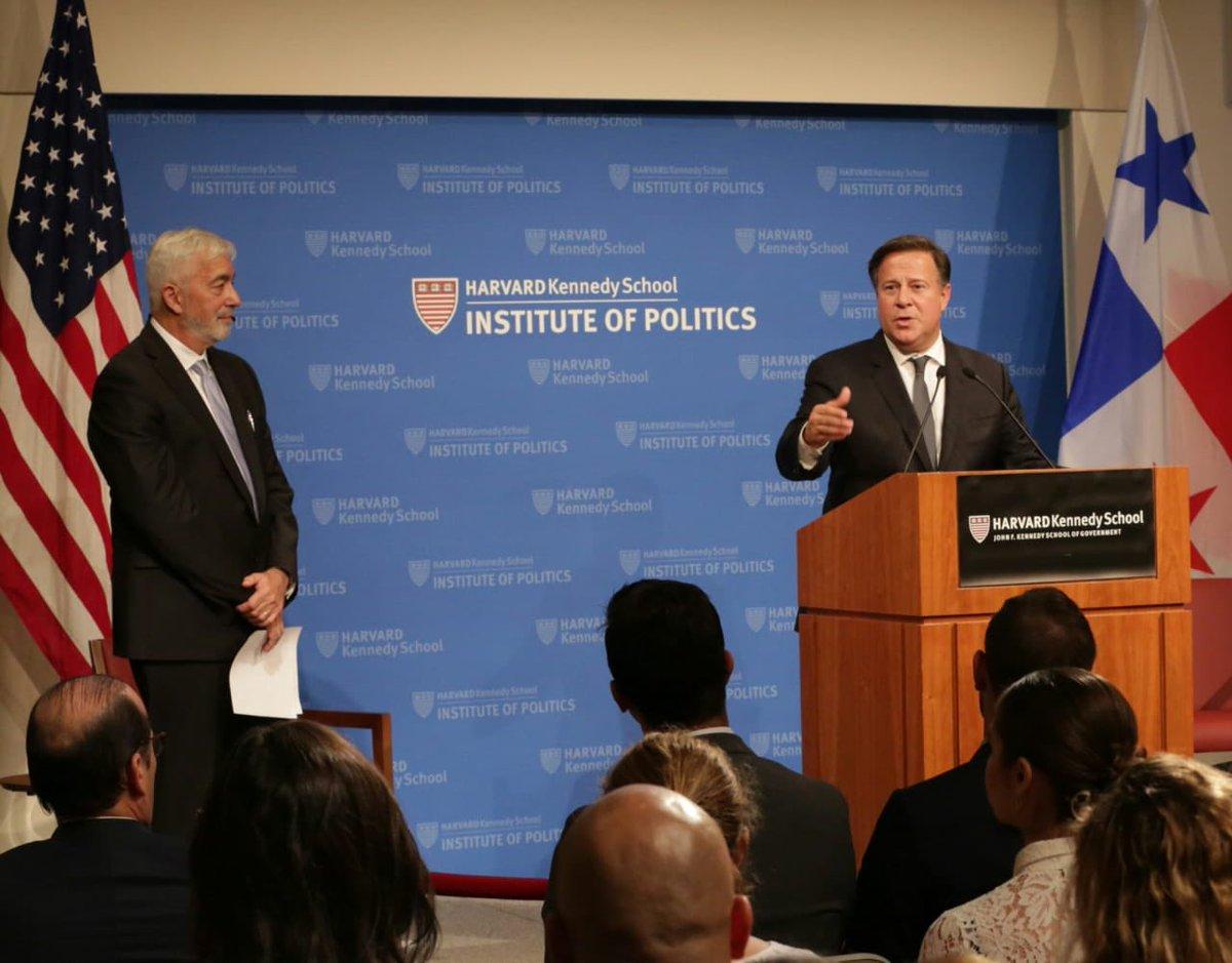 Presidente Juan Carlos Varela durante su intervención en la Universidad de Harvard.